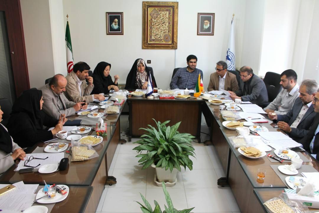 برگزاری جلسه دوم اجرایی شدن دستور العمل آماده سازی واحدها و مراکز دانشگاهی در آغاز سال تحصیلی 96-95