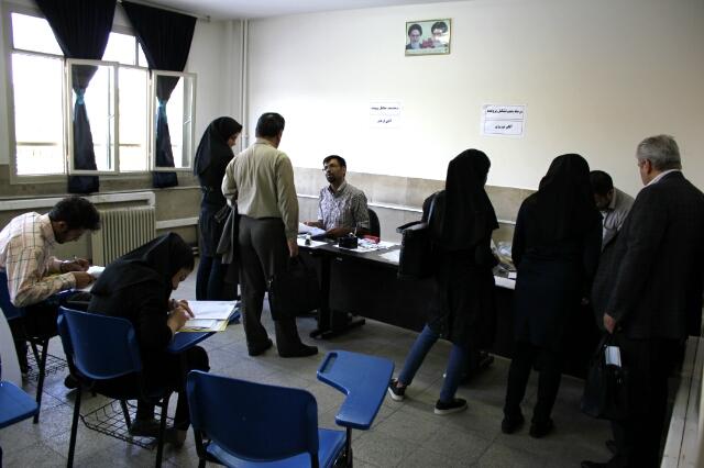 گزارش تصویری از ثبت نام دانشجویان جدید الورود در دانشکده مدیریت